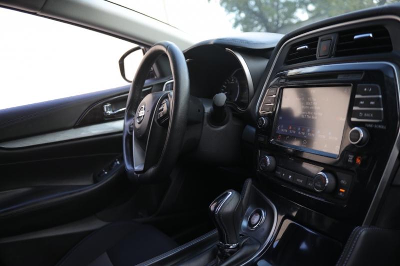Nissan Maxima 2016 price $17,995