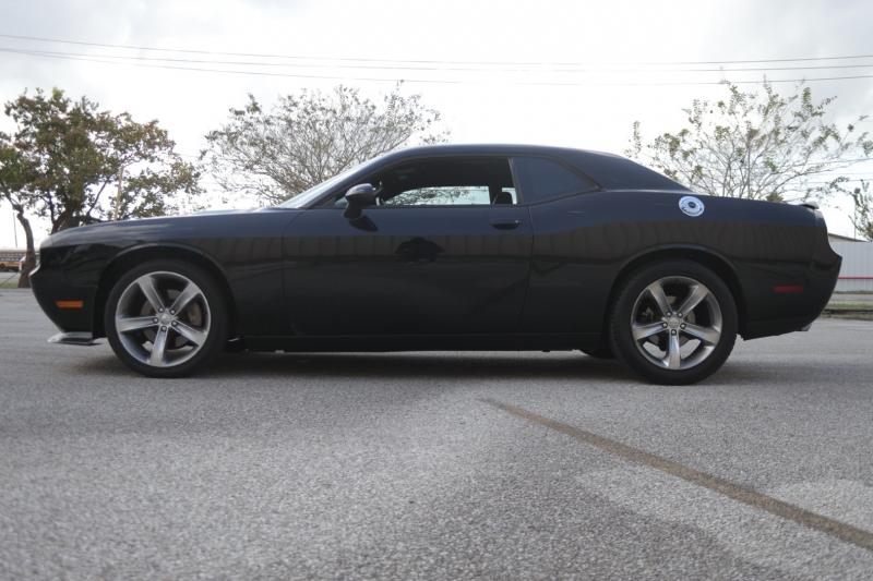 Dodge Challenger 2014 price $16,995