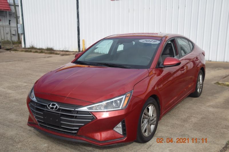 Hyundai Elantra 2019 price $19,995