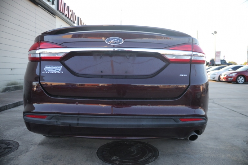 Ford Fusion 2018 price $17,995
