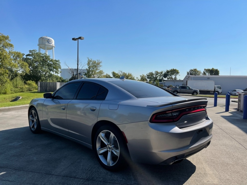 Dodge Charger 2016 price $26,995