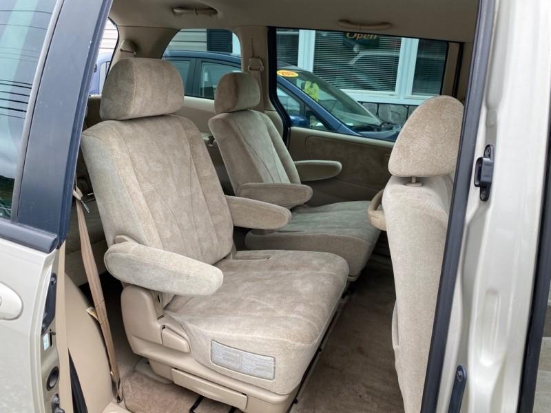 Mazda MPV 2002 price $3,495