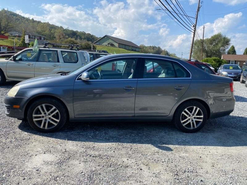 Volkswagen JETTA 2006 price $4,995