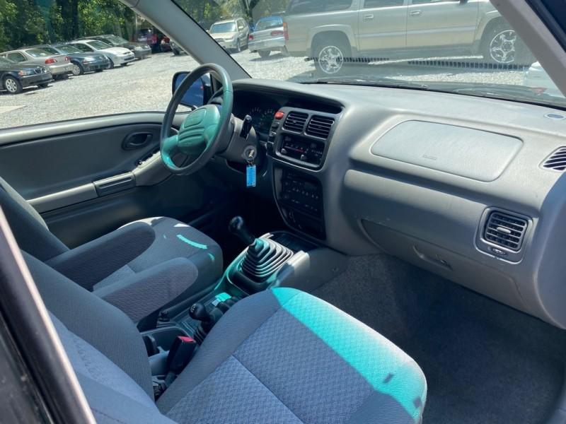 Chevrolet TRACKER 2003 price $3,500