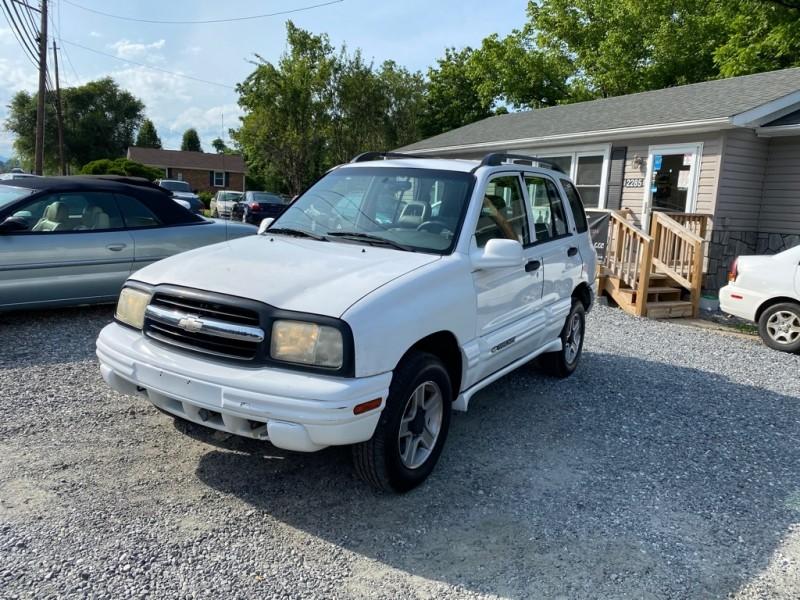 CHEVROLET TRACKER 2003 price $3,495