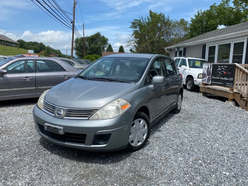 Nissan VERSA 2008 price $3,895