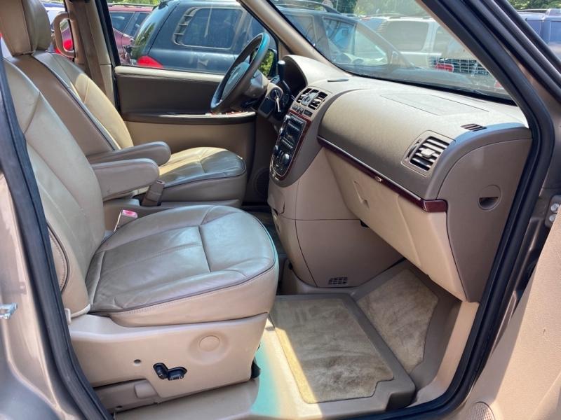 Buick TERRAZA 2006 price $10,495