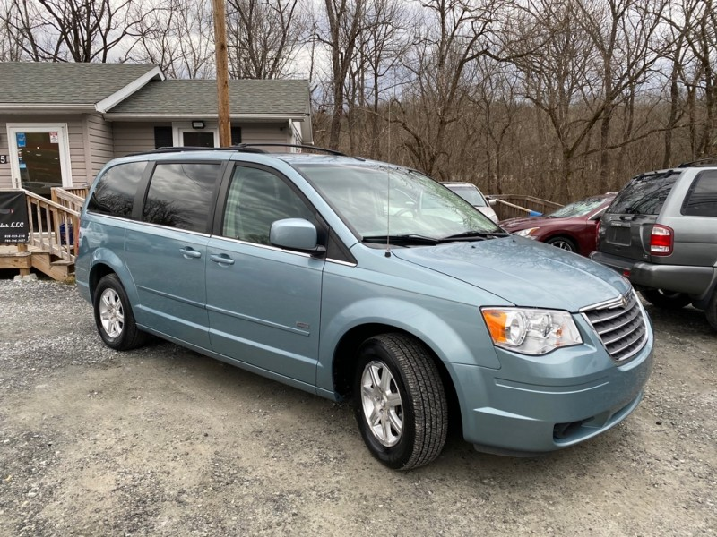 CHRYSLER TOWN & COUNTRY 2008 price $6,500