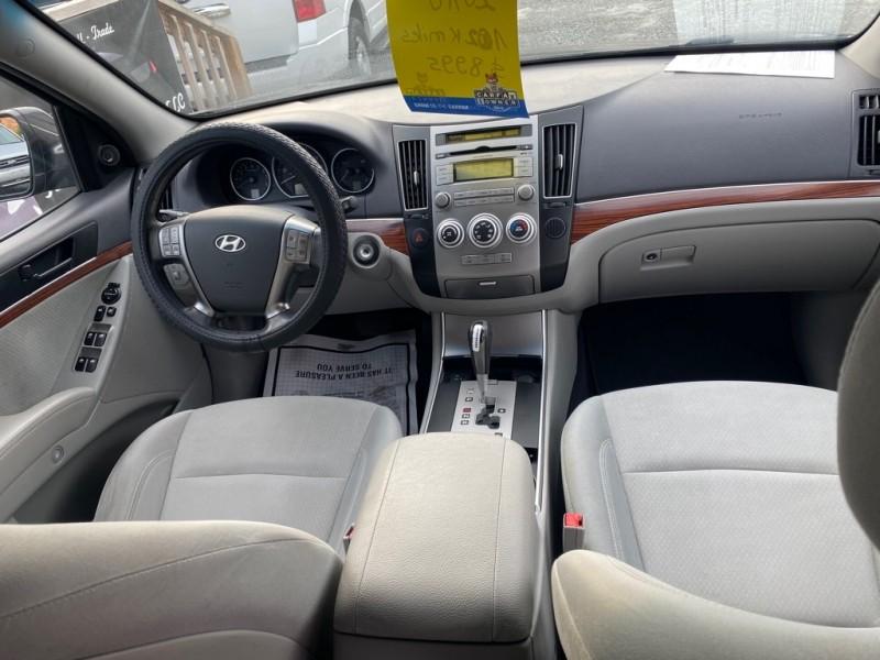 Hyundai VERACRUZ 2010 price $8,995