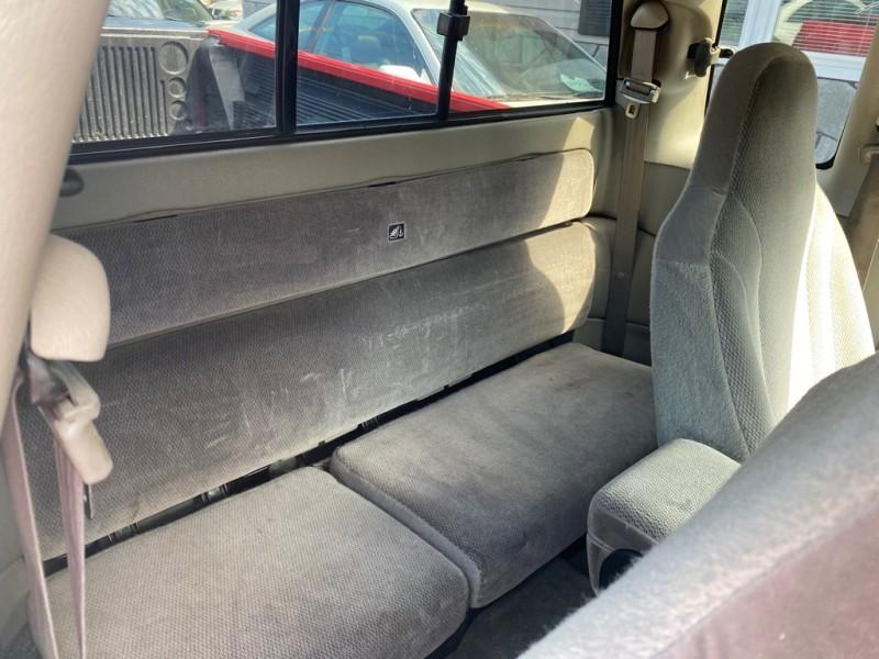 Dodge DAKOTA 2003 price $7,500