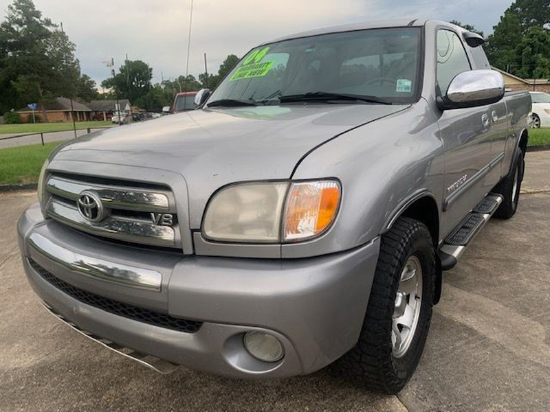 Toyota Tundra 2004 price $5,995