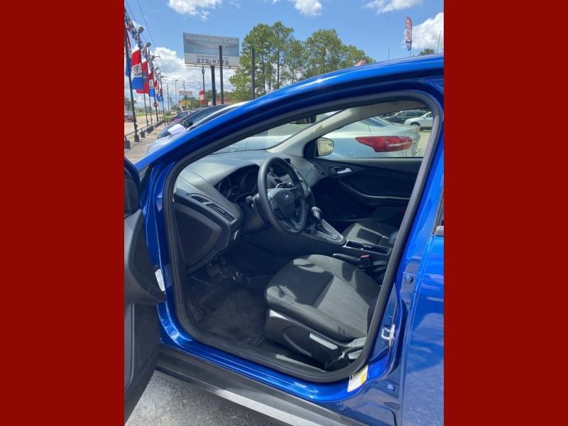 Ford Focus 2018 price $11,770