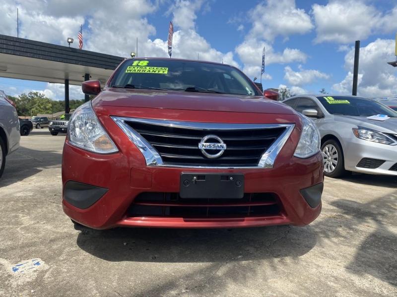 Nissan Versa Sedan 2018 price $9,375