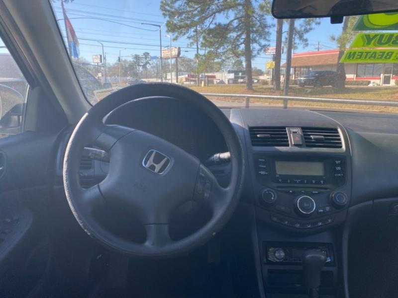 Honda Accord Sdn 2004 price $3,995