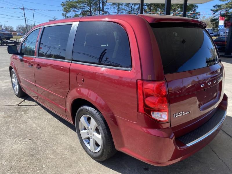 Dodge Grand Caravan 2016 price $6,995