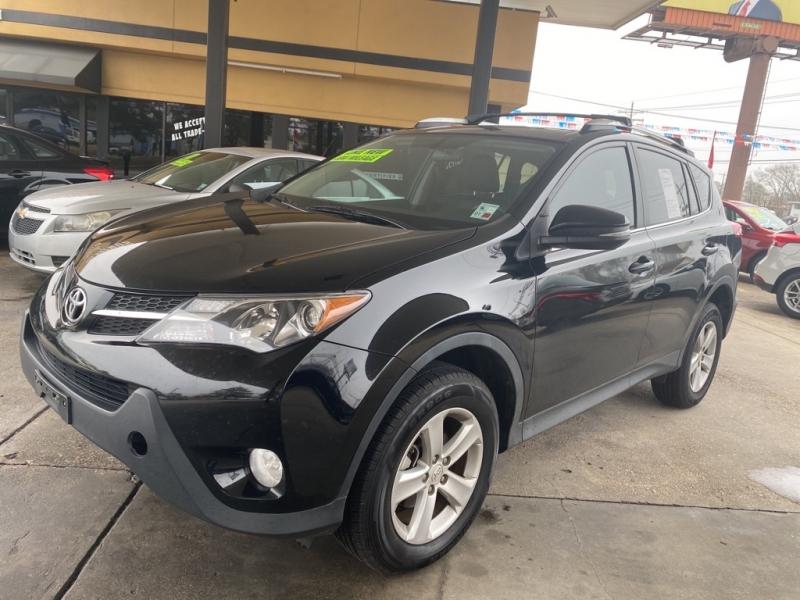 Toyota RAV4 2013 price $13,500