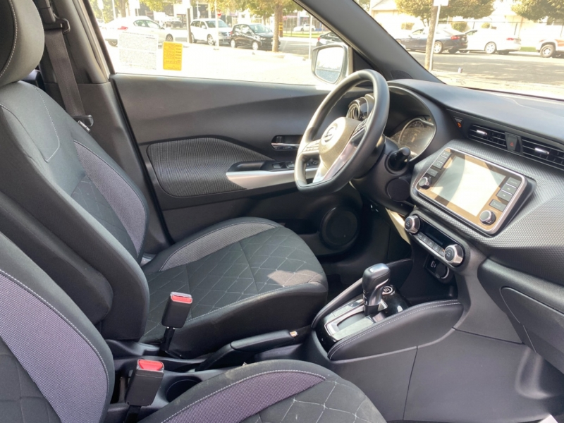 Nissan Kicks 2019 price $19,999