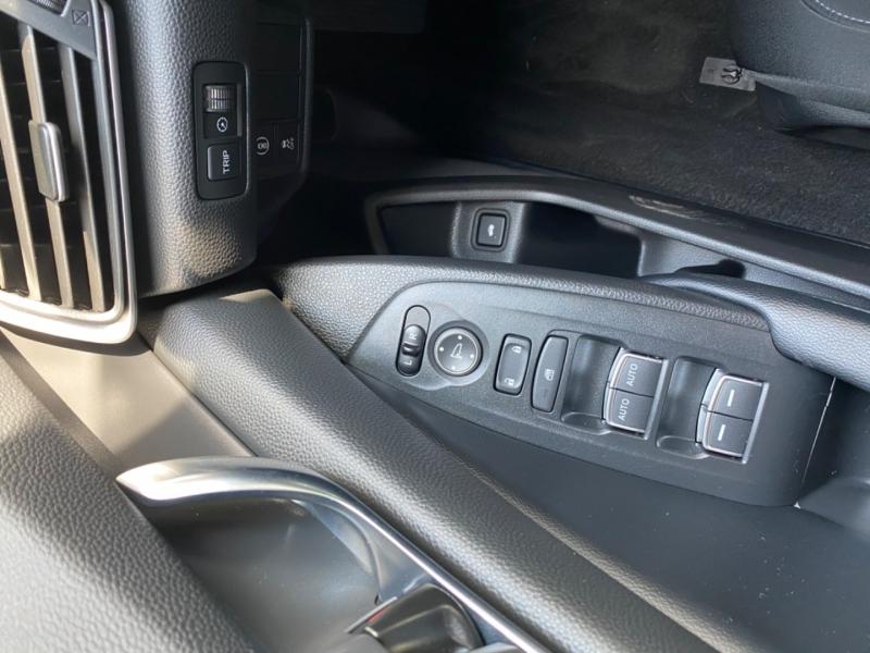 Honda Accord 2018 price $22,999
