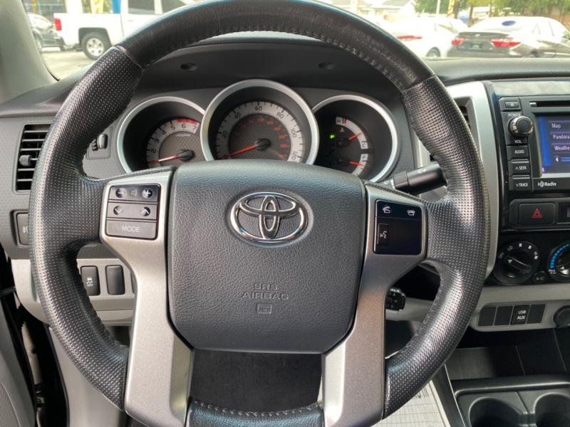 Toyota Tacoma 2013 price $29,999