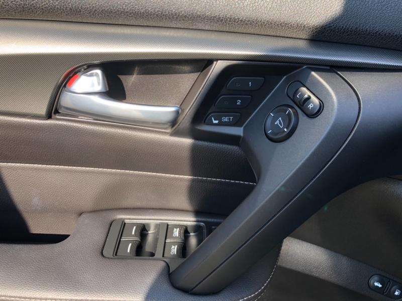 Acura TL 2014 price $17,999