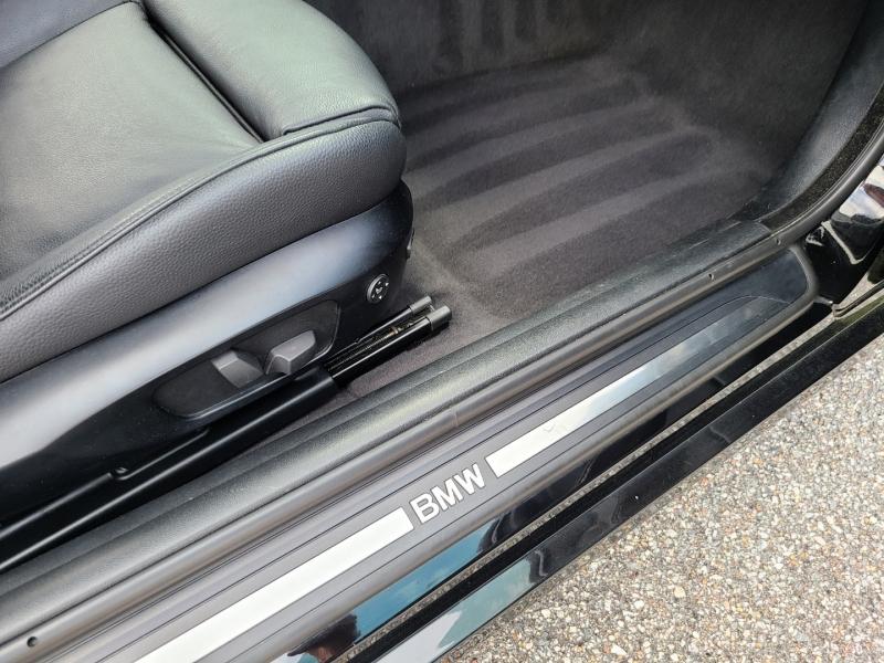 BMW 3-Series 2011 price $12,500