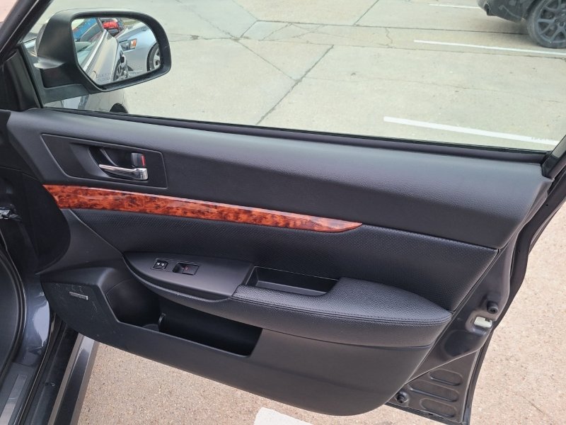Subaru Legacy 2012 price $9,750