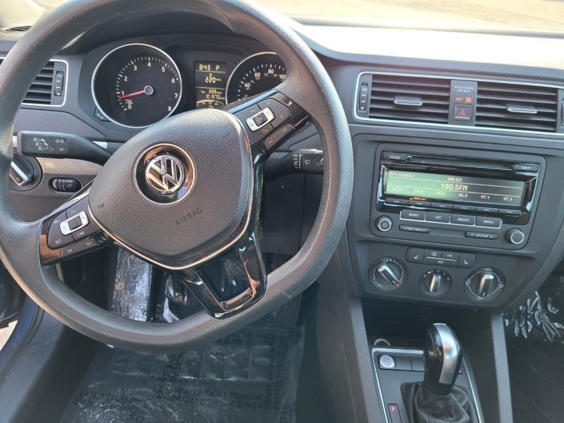 Volkswagen Jetta Sedan 2015 price $7,950