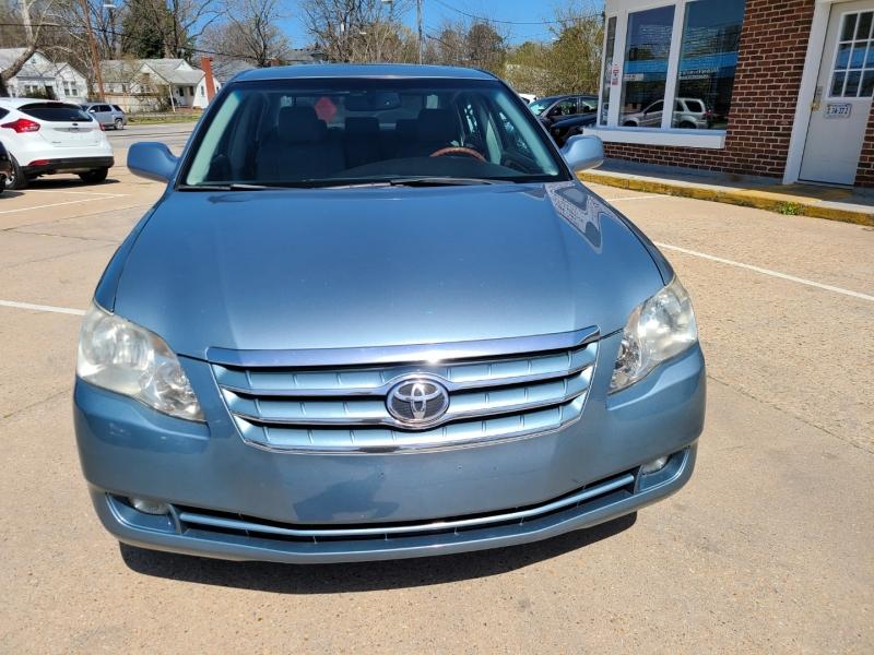 Toyota Avalon 2007 price $9,000
