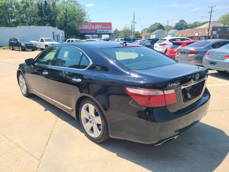 Lexus LS 460 2007 price $15,900