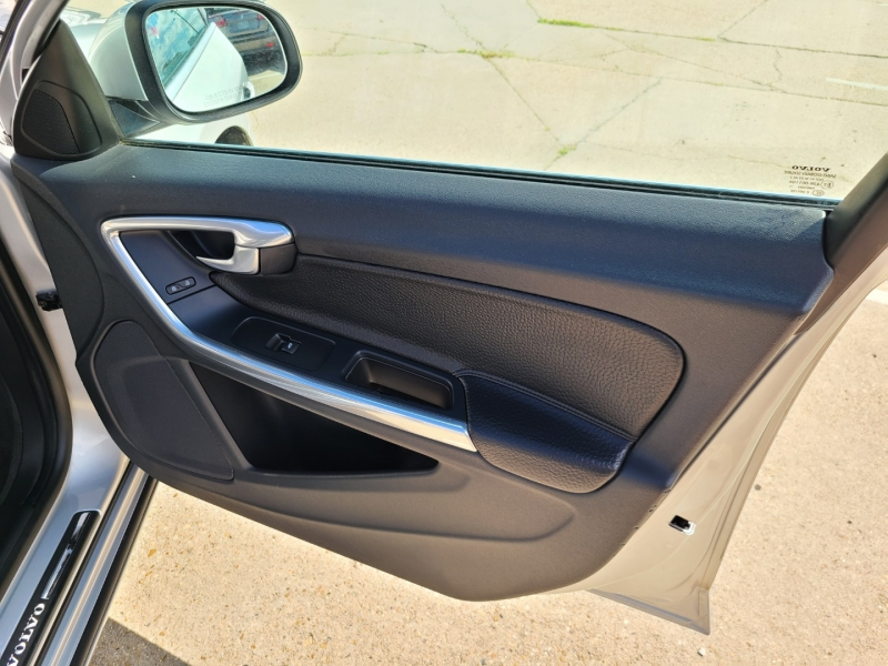 Volvo S60 2012 price $10,950