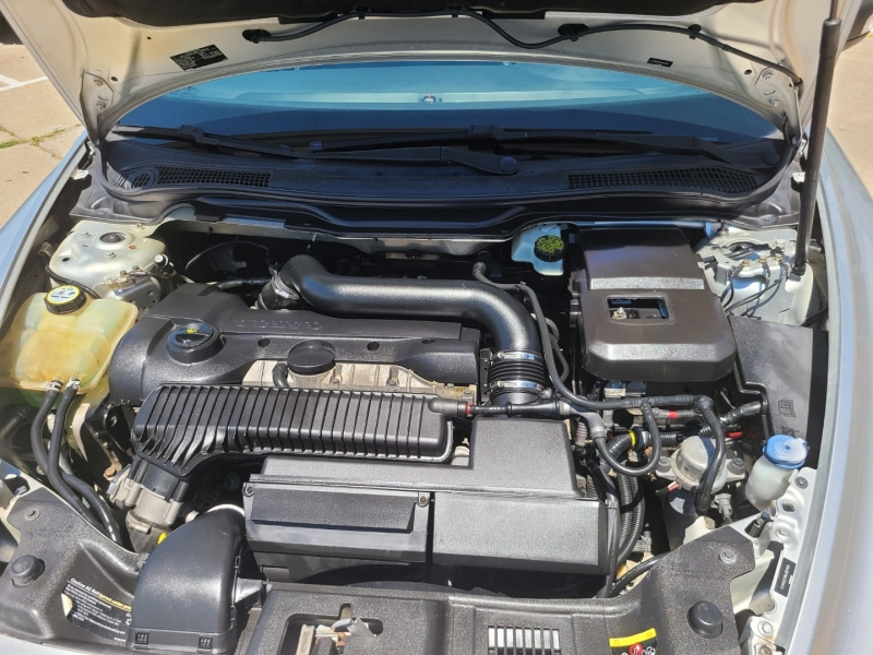 Volvo C 70 2008 price $8,950
