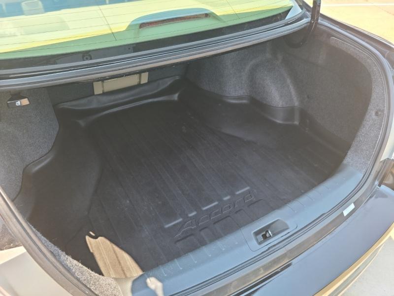 Honda Accord 2011 price $11,750