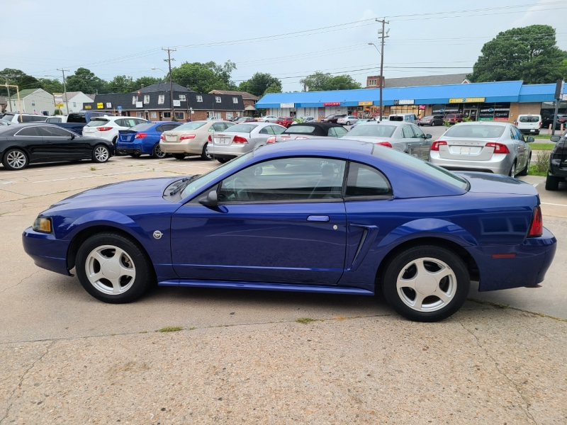 Ford Mustang 2004 price $7,500