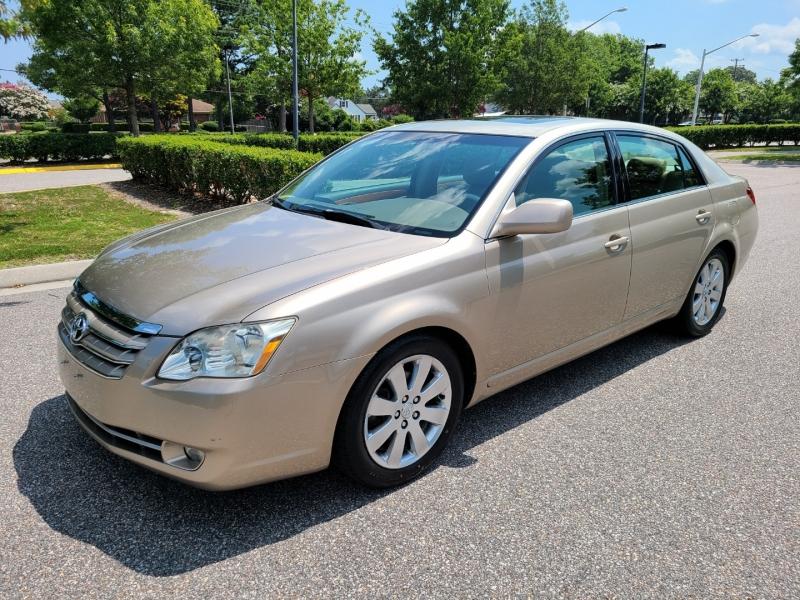 Toyota Avalon 2006 price $9,500