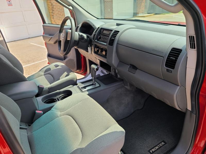 Nissan Frontier 2005 price $10,950