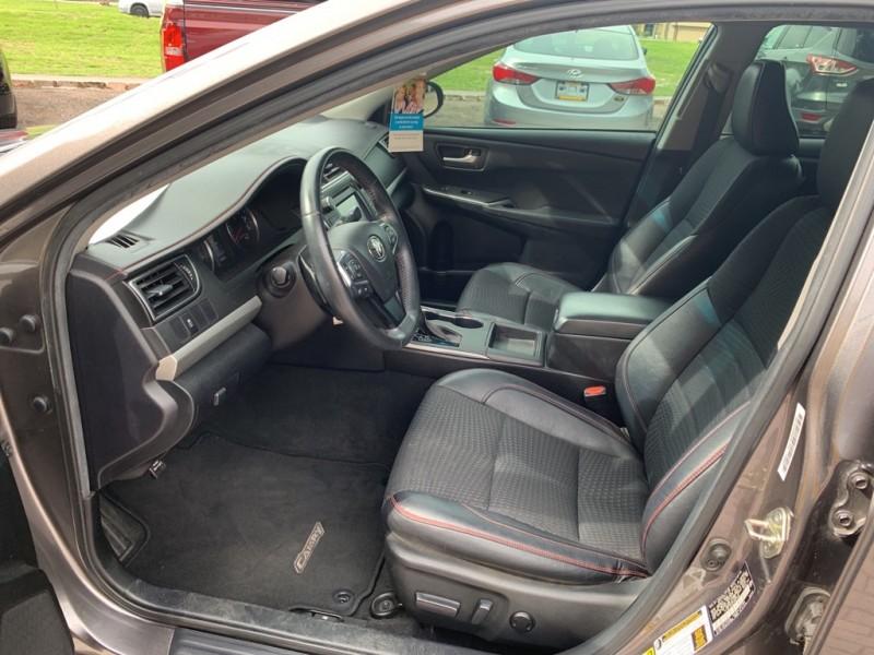 Toyota CAMRY 2015 price $18,880
