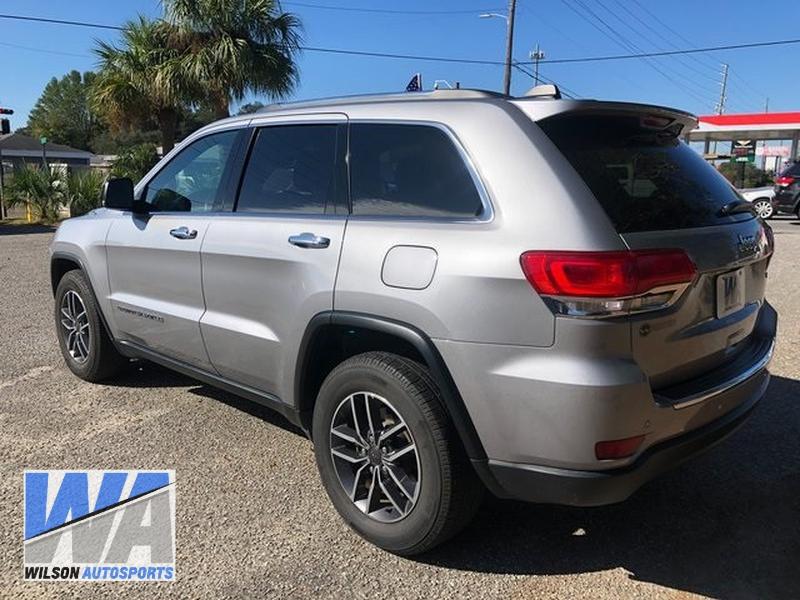 Jeep Grand Cherokee 2019 price $29,855
