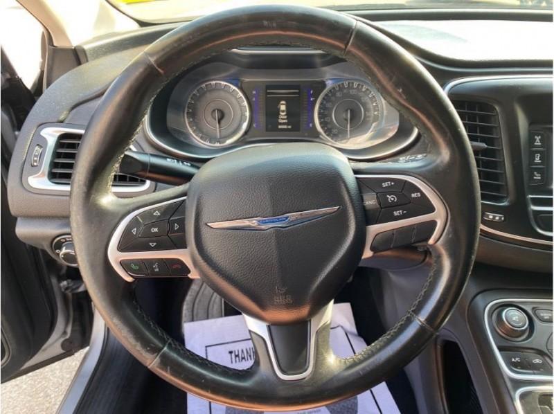 Chrysler 200 2016 price $11,999