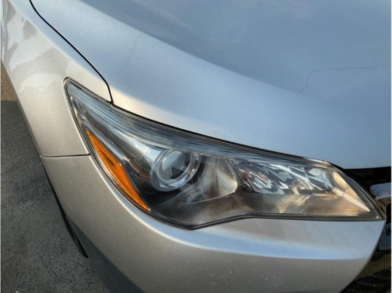 Toyota Camry 2017 price $15,850