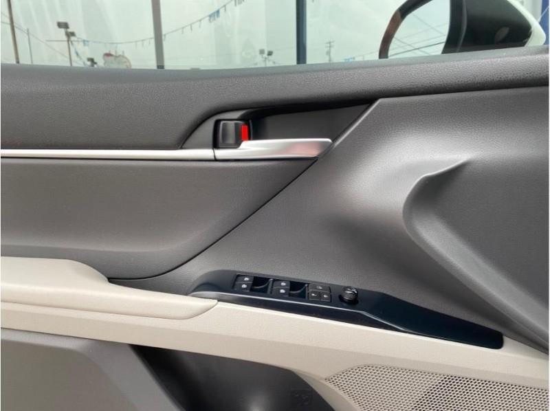 Toyota Camry 2018 price $19,750