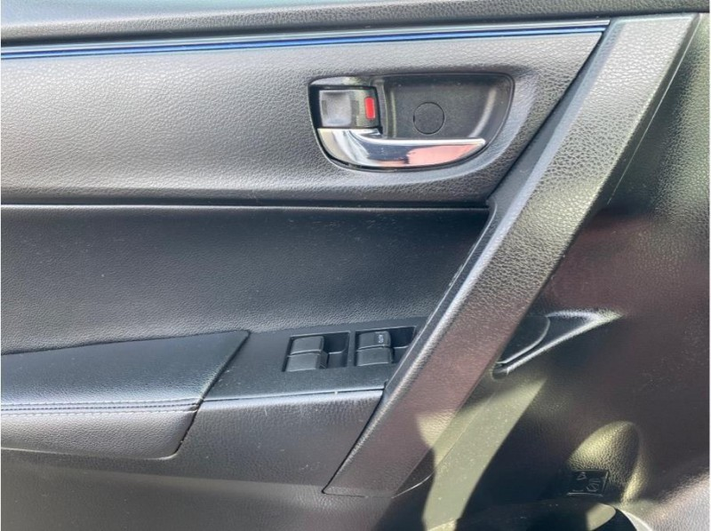 Toyota Corolla 2018 price $14,999