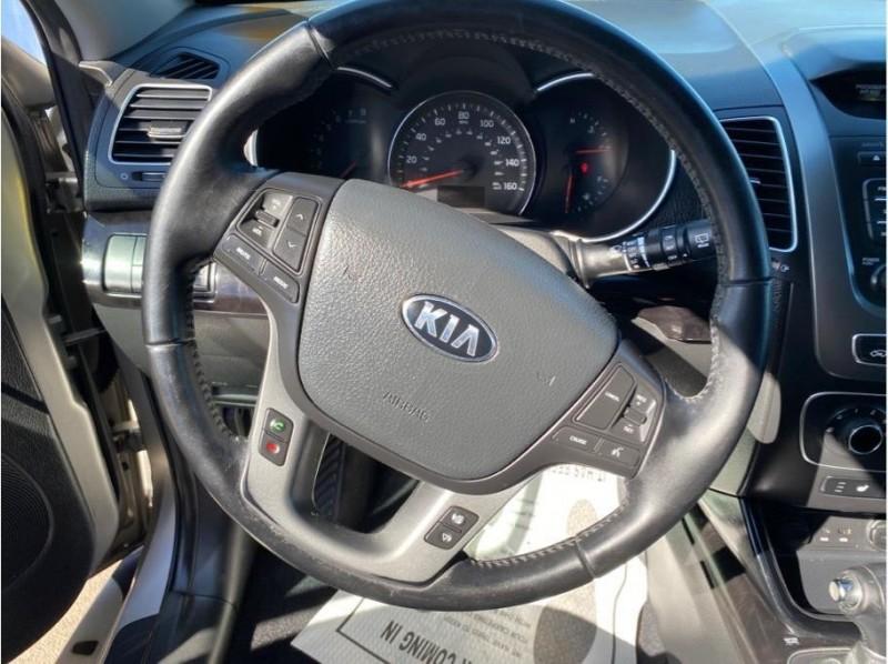 Kia Sorento 2015 price $14,999