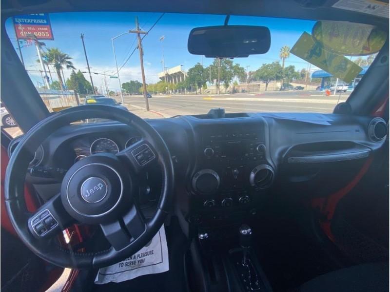 Jeep Wrangler Unlimited 2014 price $24,999