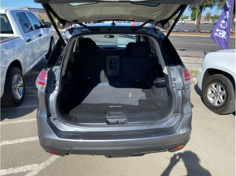 Nissan Rogue 2016 price $14,999