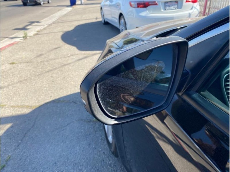 Kia Optima 2015 price $13,999