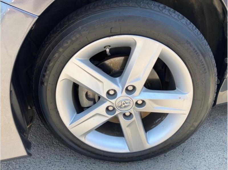 Toyota Camry 2014 price $15,999