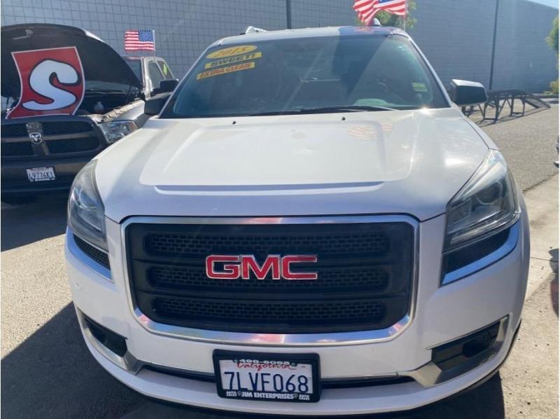 GMC Acadia 2015 price $18,999