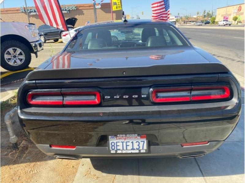 Dodge Challenger 2018 price $26,999