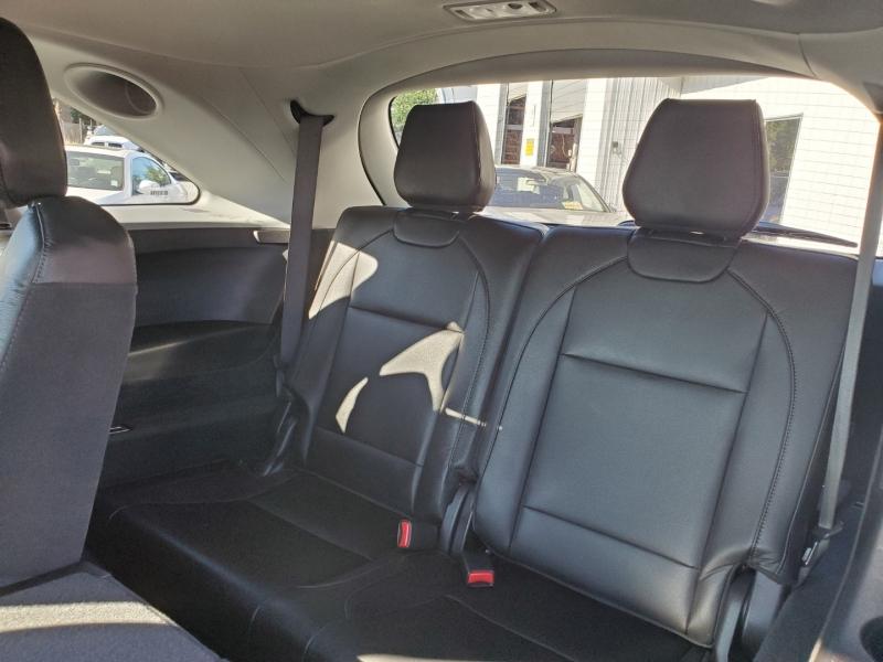Acura MDX 2017 price $36,999