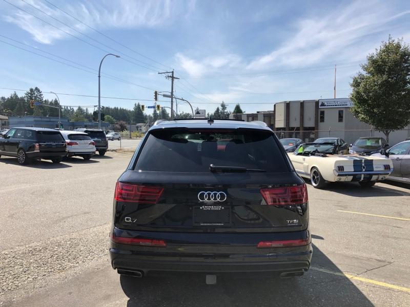 Audi Q7 2017 price $46,999